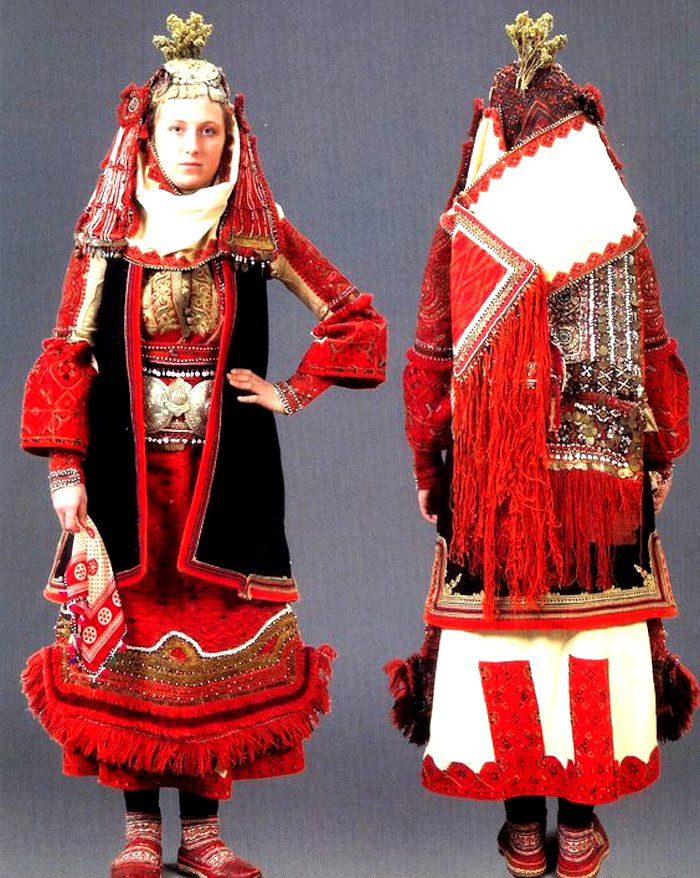 Bulgarian bridal wedding outfit