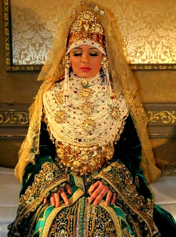 Moroccan bridal wedding outfit