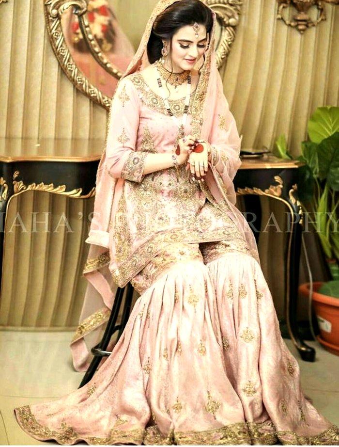 Pakistan bridal wedding outfit