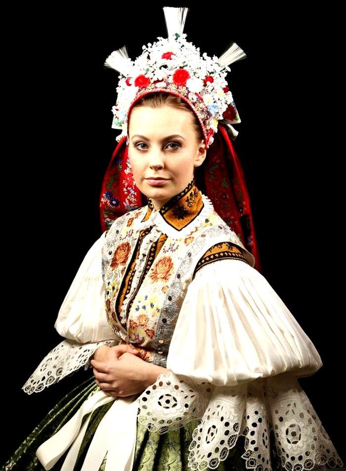 Czech bridal wedding outfit