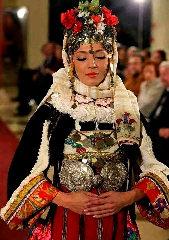 Macedonia bridal wedding outfit