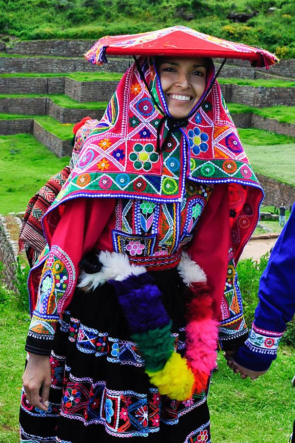 Peru bridal wedding outfit