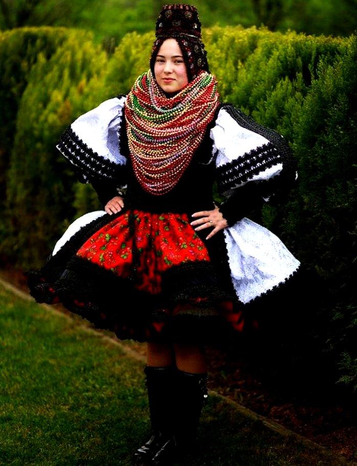 Romania bridal wedding outfit
