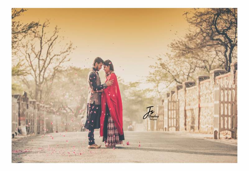pre wedding photoshoot images