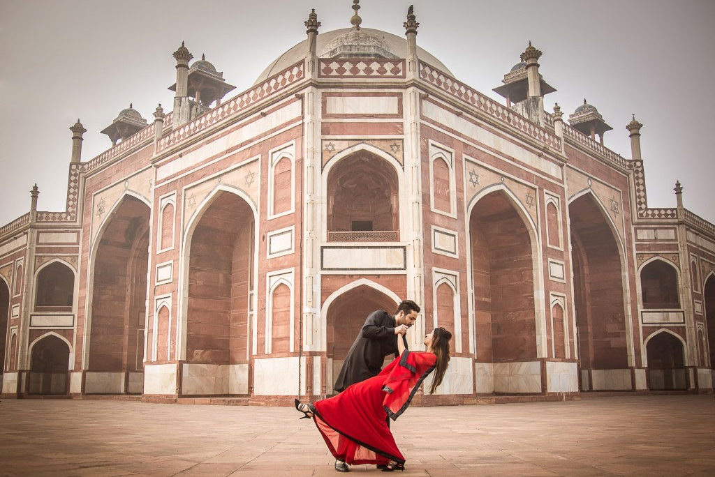 Humayun's Tomb Pre Wedding Shoot