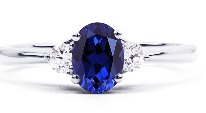 sapphire gemstone engagement ring