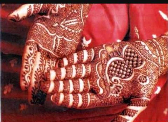 51 Evergreen Mehndi Songs for Dance Frenzies at Your Mehndi