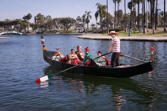 vidai in boat
