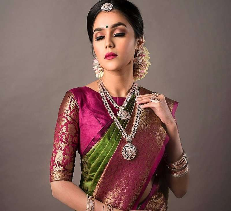 0b8378b4395270 High Neck Blouse Designs To Push Your Saree Game High