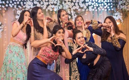 Super 11 Best Friend Songs To Dance On Your BFF's Wedding