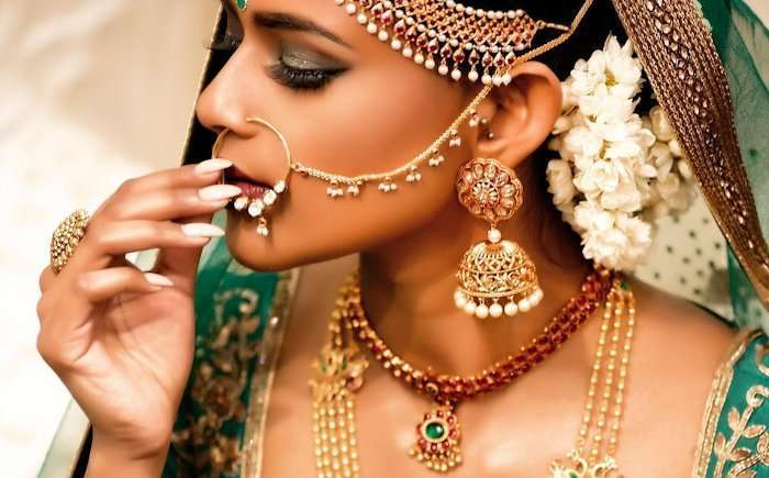 Best Bridal Earrings For Your Wedding: You Can't Resist Girls