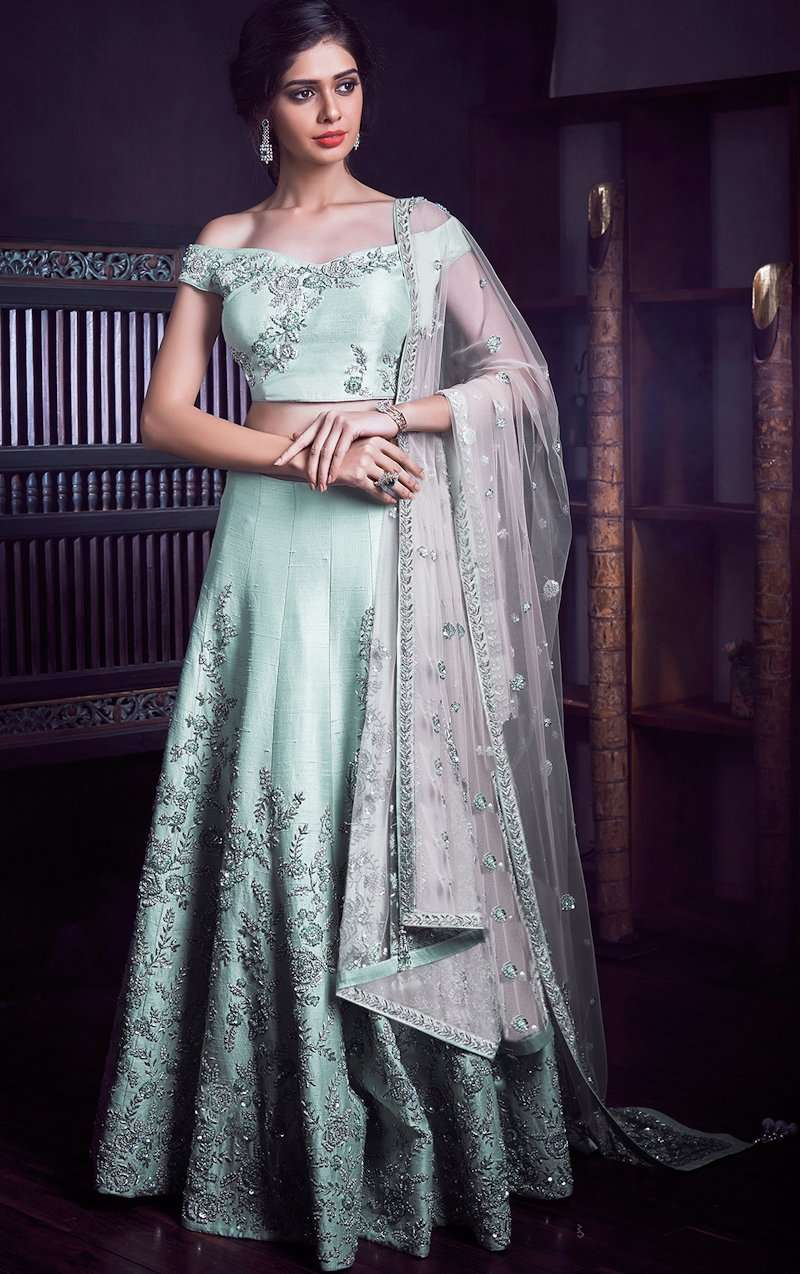 7f943a2f3759 Stunning Indian Wedding Dresses For Brides' Sisters: Which One Do You Want  To Buy lil Sister?