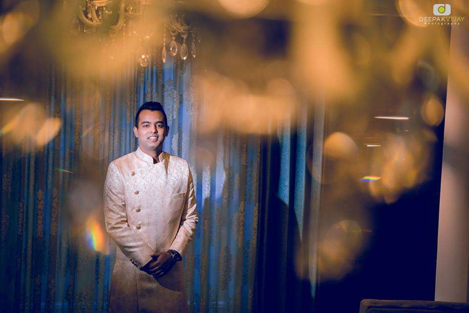 Reception Dress Ideas For Groom Inspired By Shaadidukaan's Real Wedding Stories