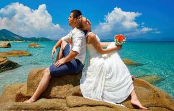 5 Romantic Spots For Honeymoon Couples That Love Beaches!