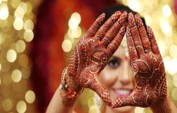 10 Most Common (But Important) Things About A Mehandi Artist