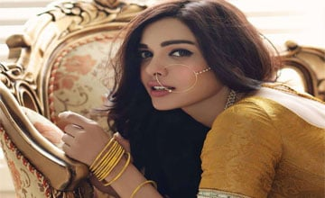 Nose Rings For Your Wedding Day: Varieties of Nath Designs You Love To Wear
