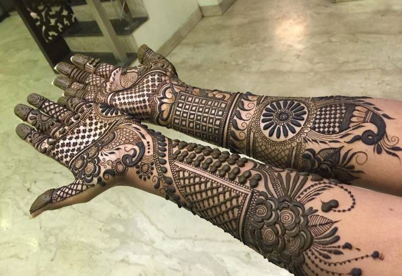 ATUL NAYAK MEHANDI CREATION