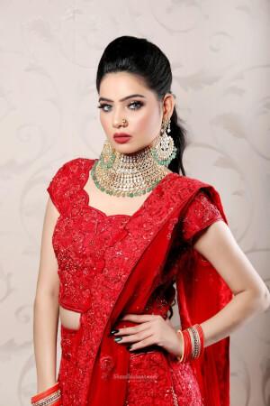 Shivaani Malhotra Makeovers