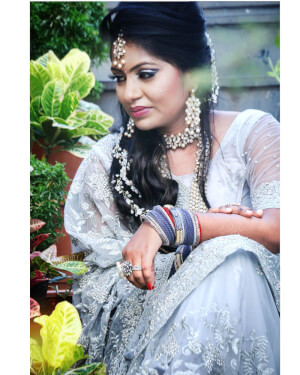 Looks By Ranu