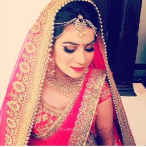 Beauty service nd makeup artist
