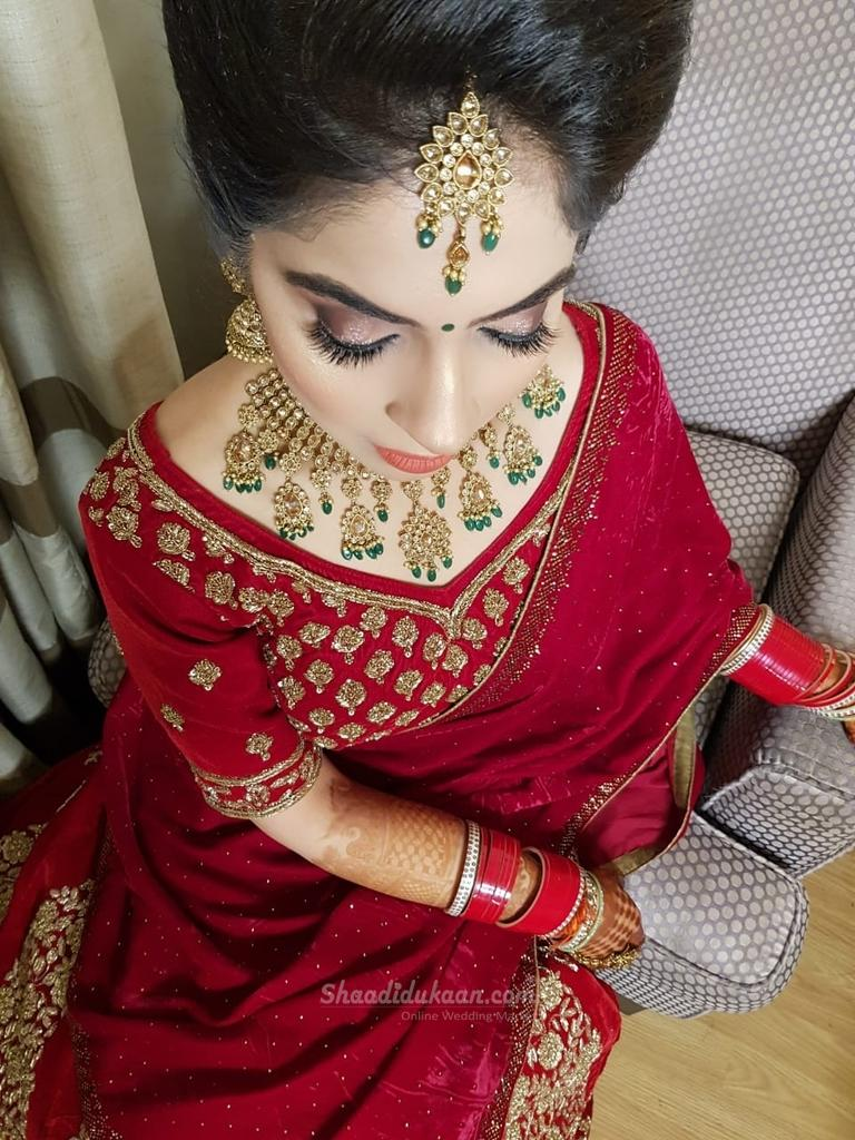 Makeup by Priyanka R Kohli