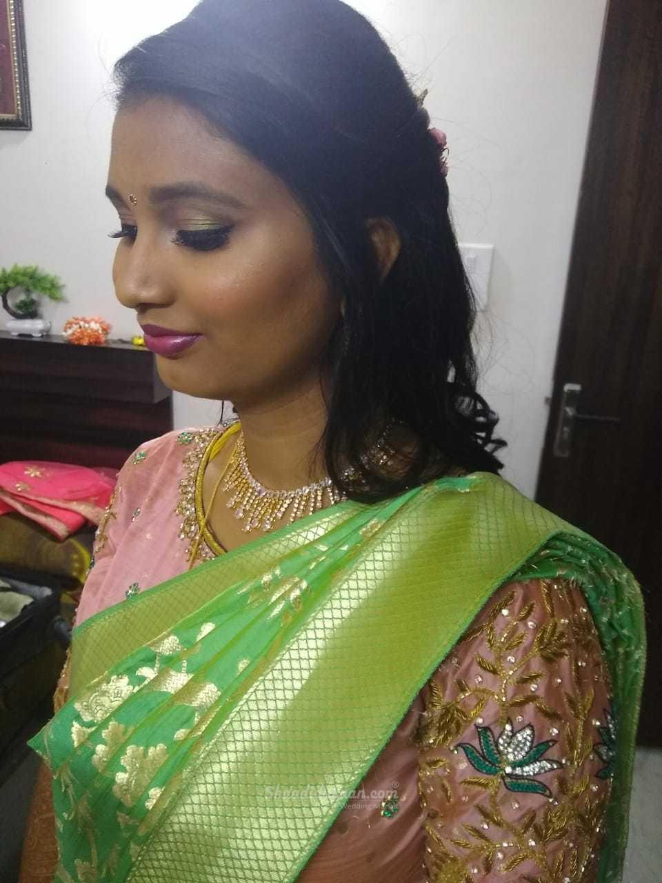 Lookfab (Makeup Artist)
