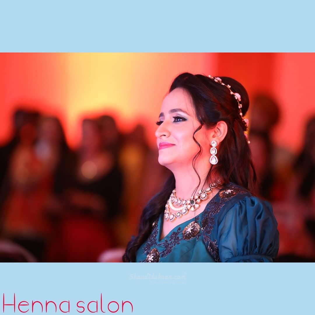 Henna Salon