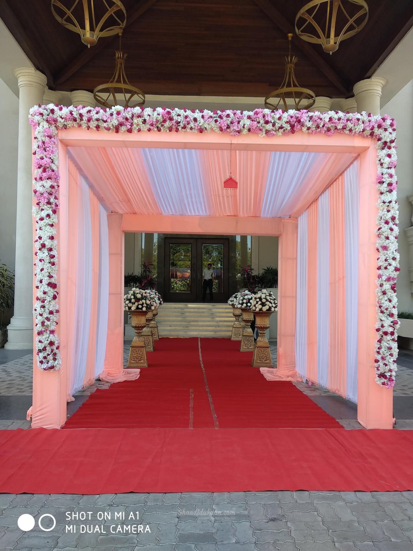 Shubham Flowerist