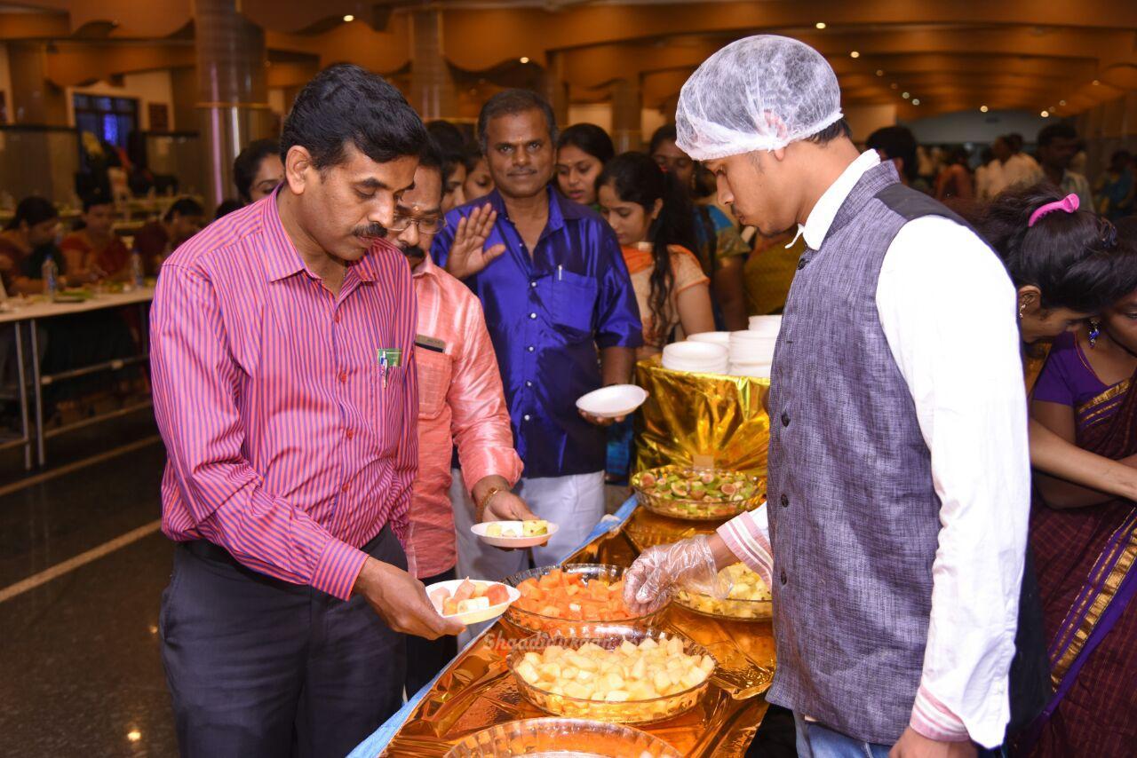 R R Meals & Memories