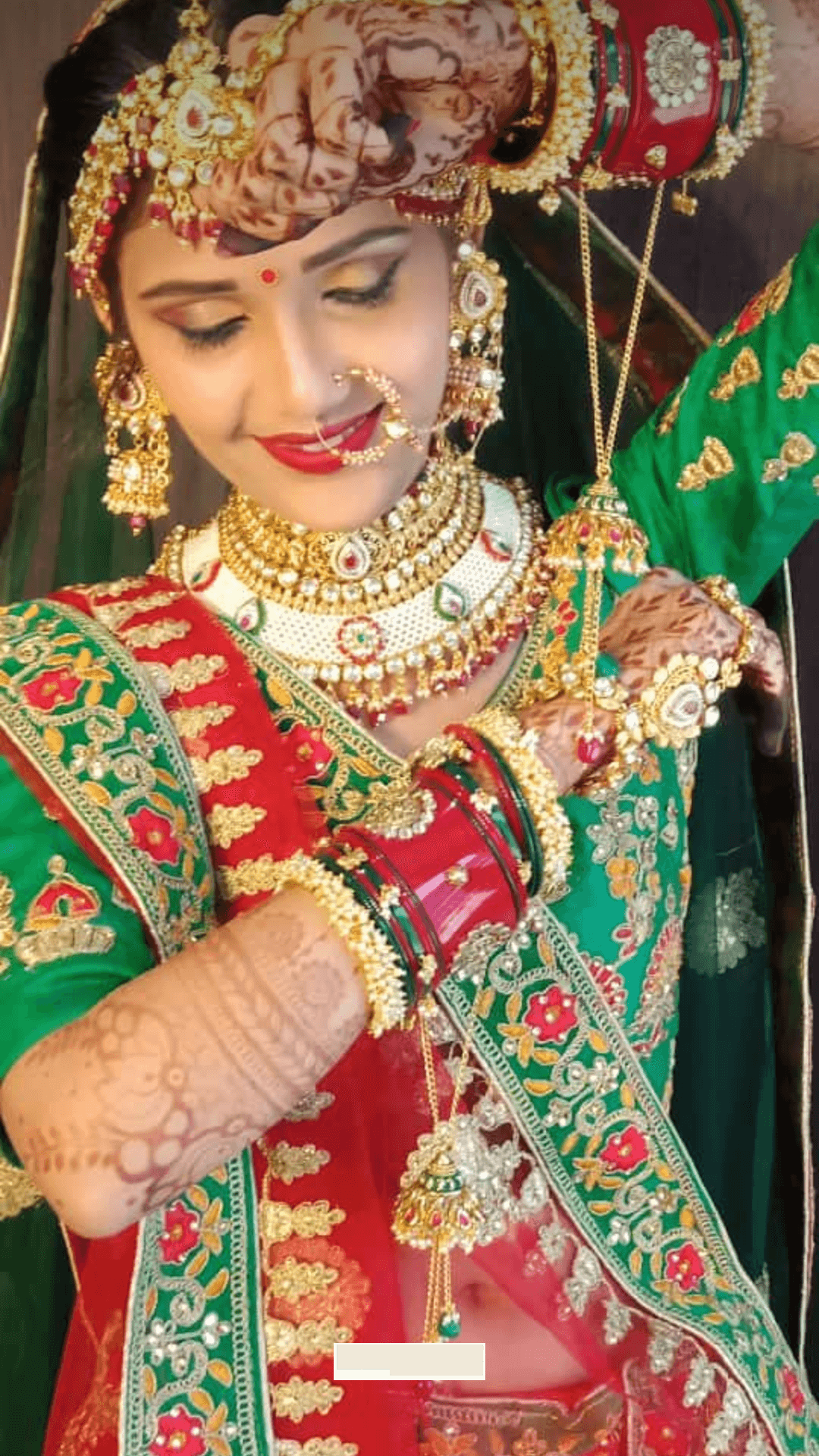 Anita Hairstyle And Makeup Artist