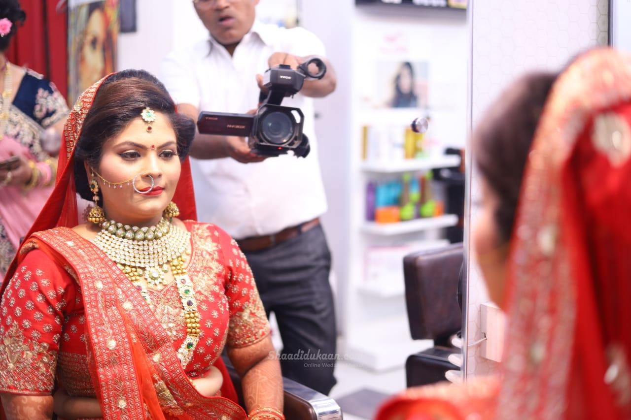 Asmi Makeup Studio