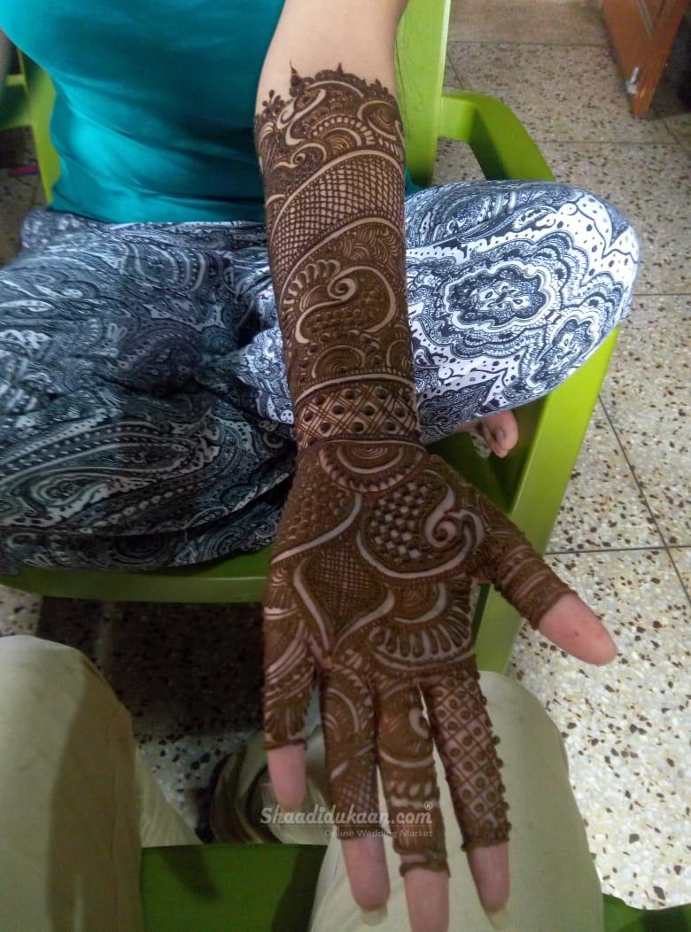 Ganga Mehandi Artist