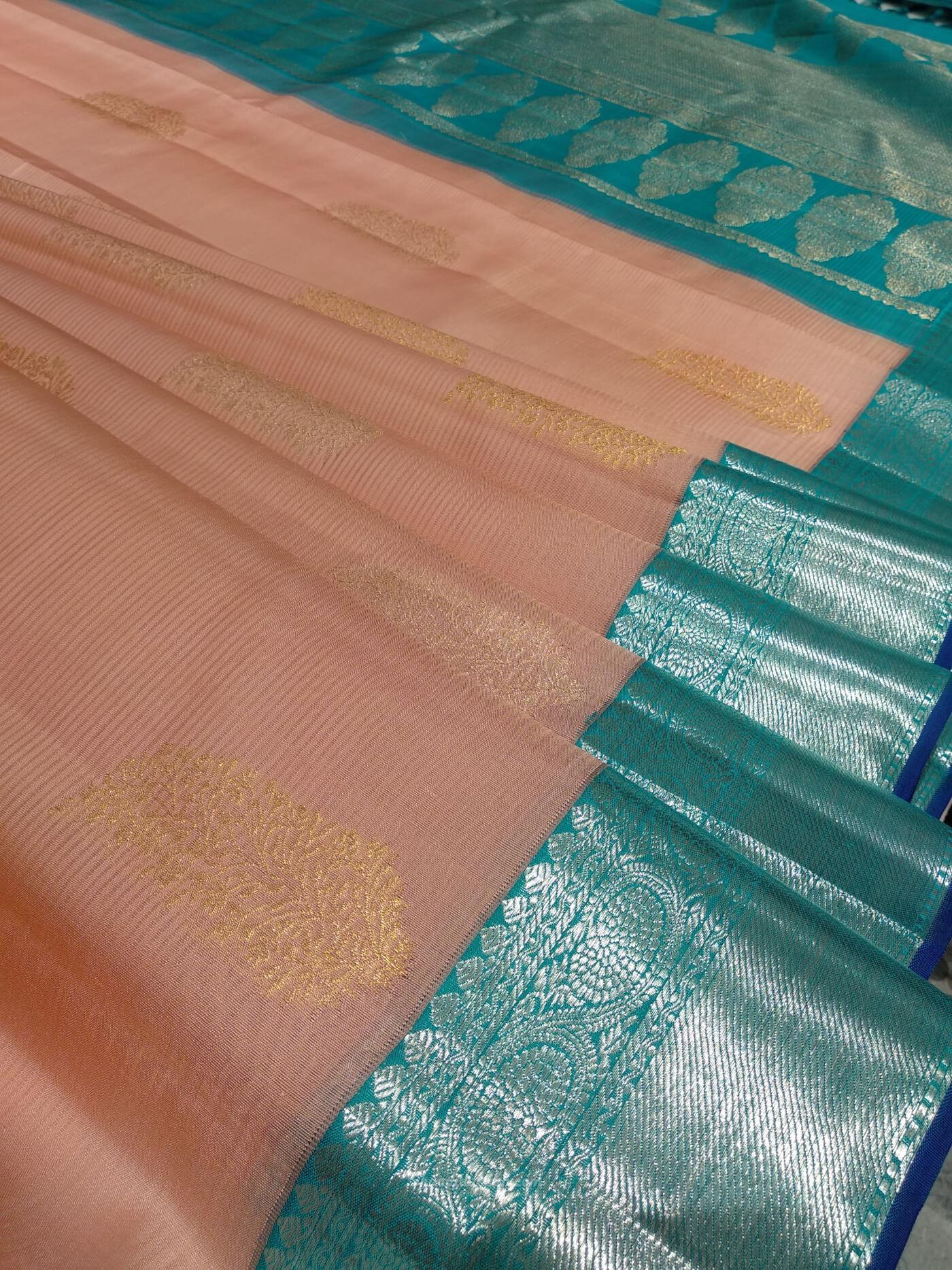Vijayalakshmi Silks And Sarees