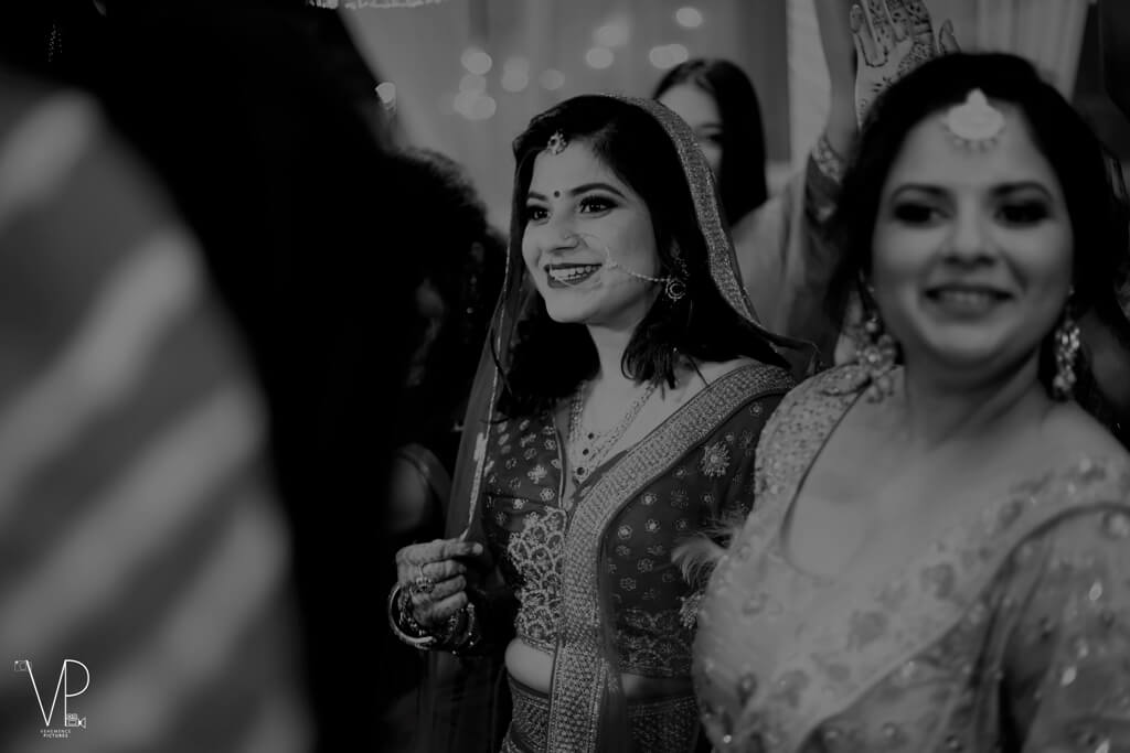 Utkarsh Weds Isha, Delhi
