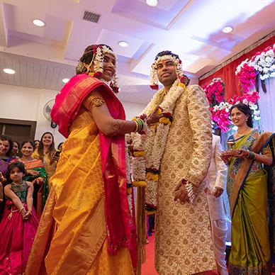 Pradhan Weds Deshpande, Nashik