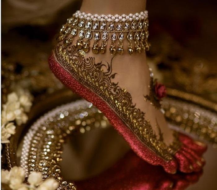 the golden hue payal designs