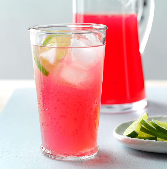 cranberry limeade wedding drinks