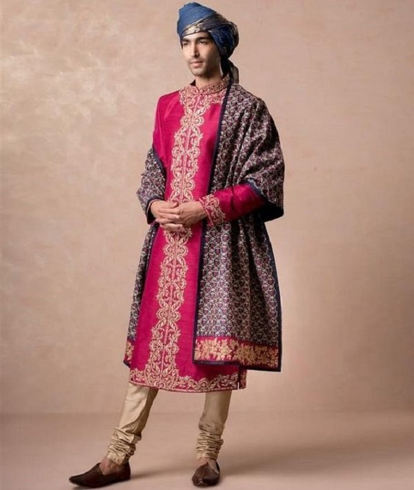 elegant outfit for the groom