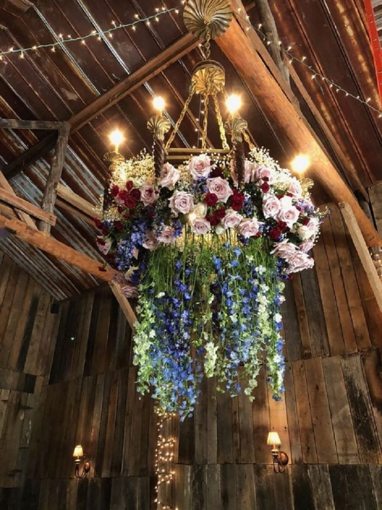 Flower Chandelier Décor