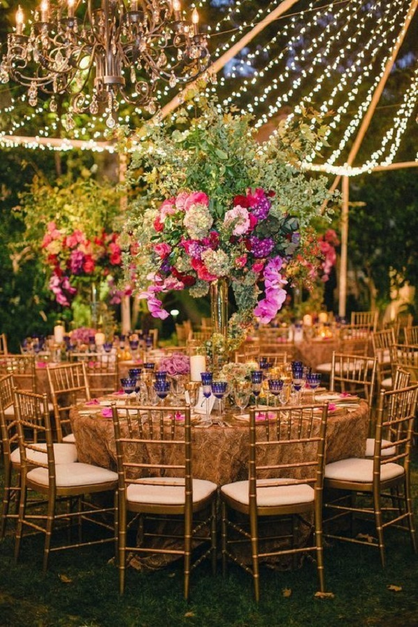 Oversized Flower Bouquets table decoration