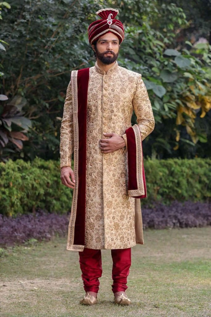 color of outfits for groom jutti