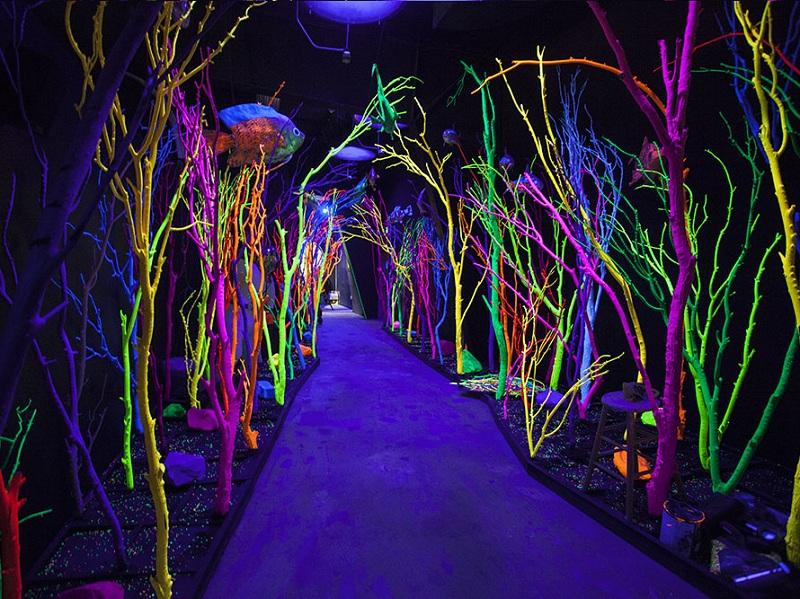Glow In The Dark theme wedding ideas
