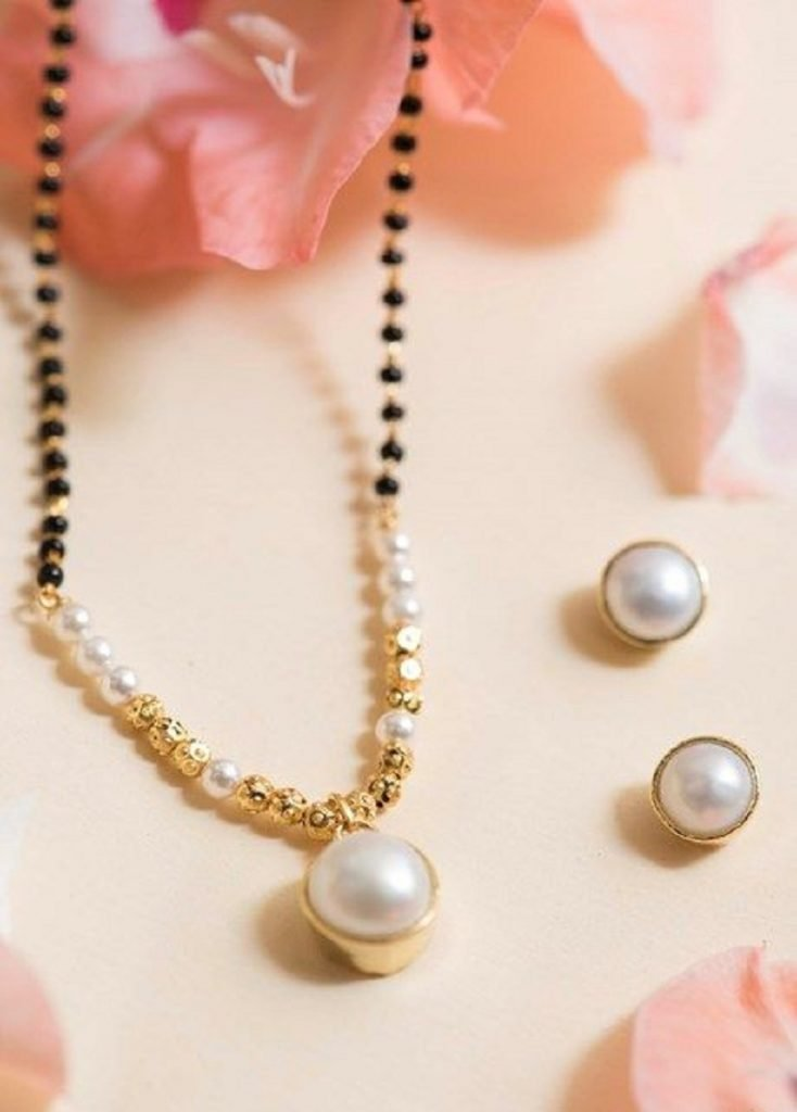 Delicate Pearls mangalsutra