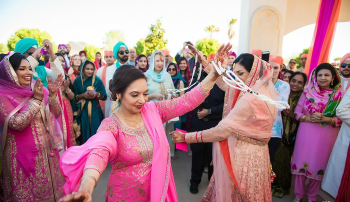 baraat in indian punjabi wedding