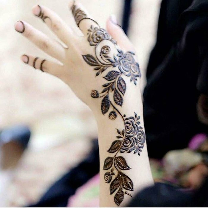 floral mehndi designs for going to be bride