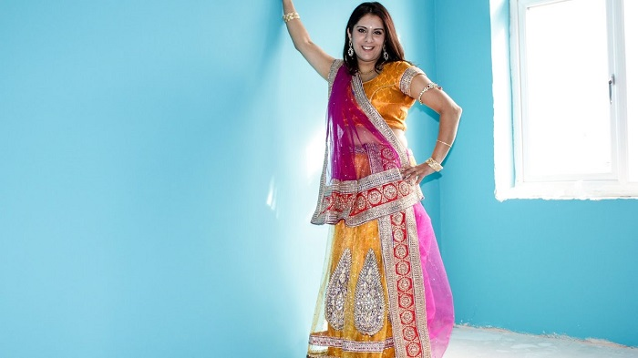 gujju style dupatta draping style