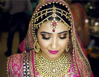 22 Eye Makeup For Brides: Shimmery, Starry, Glittering and Seducing
