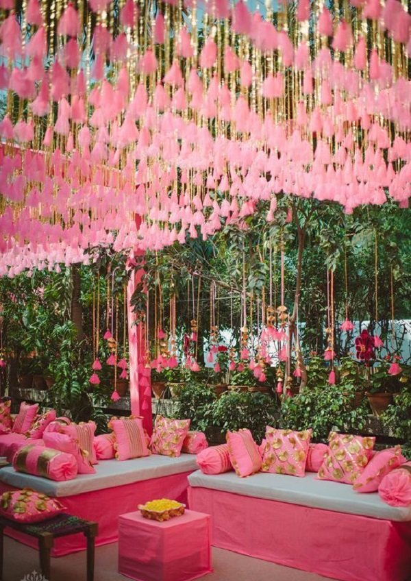 Daytime Wedding Decoration Ideas | From Venue Entrance to ...