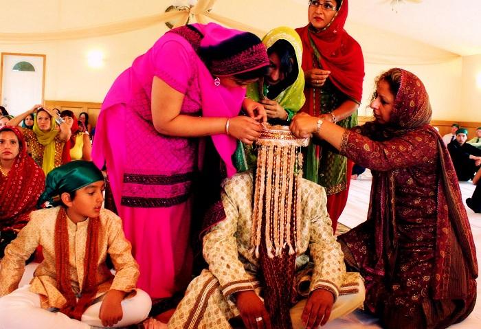 sehra bandi on his wedding