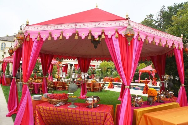 canopy ideas for day time wedding